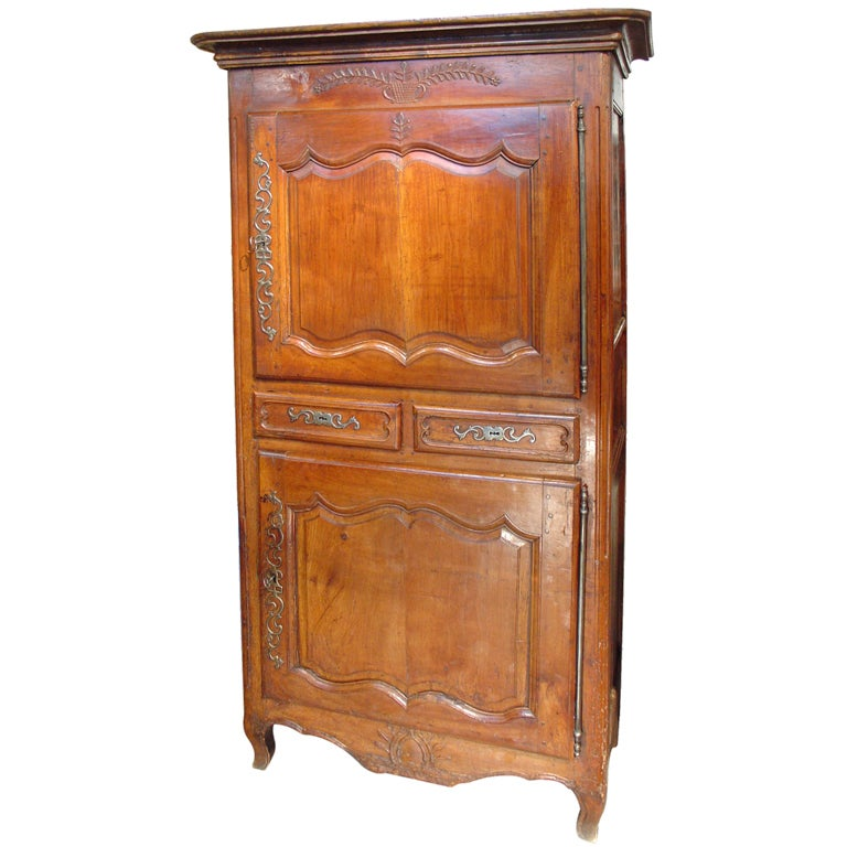 early 1800 39 s fruitwood homme debout with regional carvings. Black Bedroom Furniture Sets. Home Design Ideas