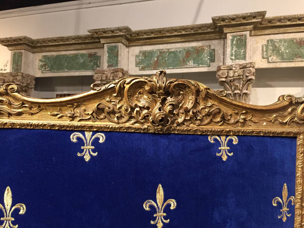 Id F 366809 as well Id F 531040 further  together with Id F 5358213 moreover Id F 5358213. on fleur de lys fireplace screen