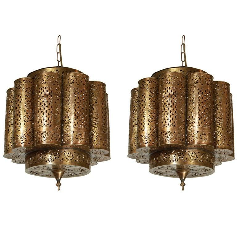 Moroccan chandeliers moroccan lighting fixtures : Pierced brass moroccan light fixture in alberto pinto