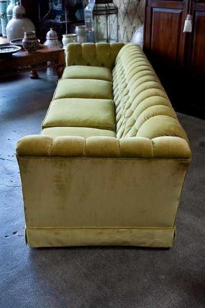 9 feet custom vintage sofa 1970's in the manner of Milo Baughman 5