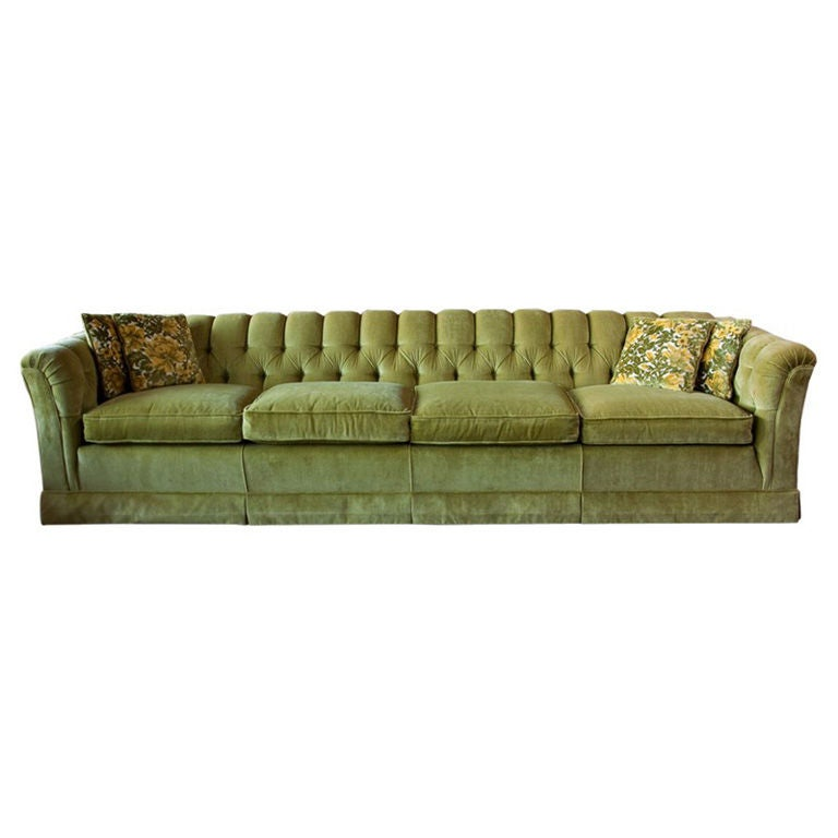 9 feet custom vintage sofa 1970's in the manner of Milo Baughman 1