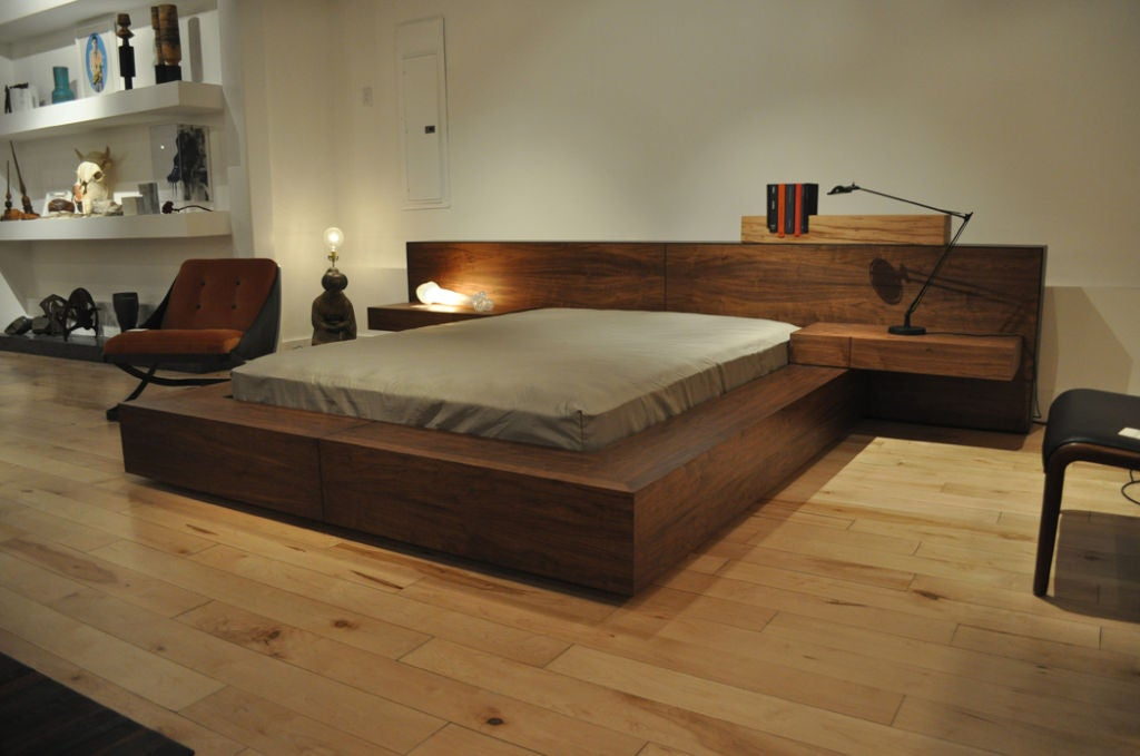 De stijl bed by jorge l cruzata for siglo moderno at 1stdibs for L furniture more kelowna