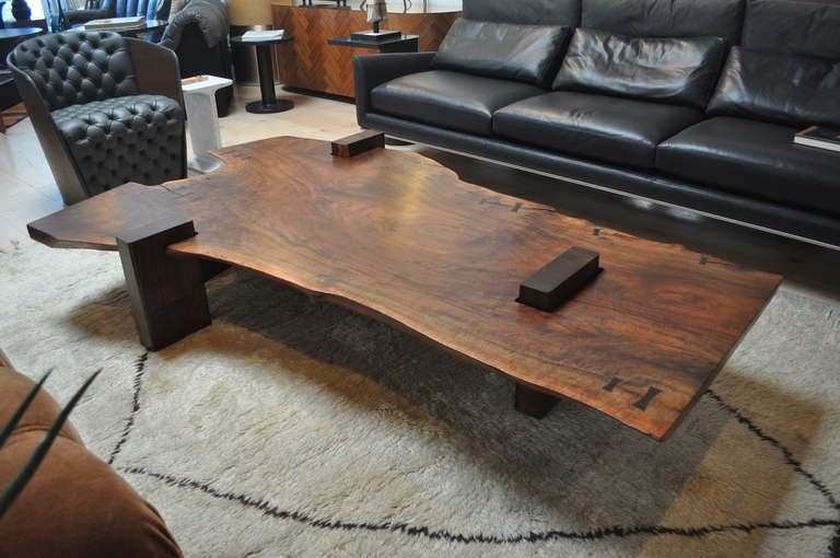 Large Scale Walnut Slab Coffee Table By Richard Patterson In Excellent Condition For Los