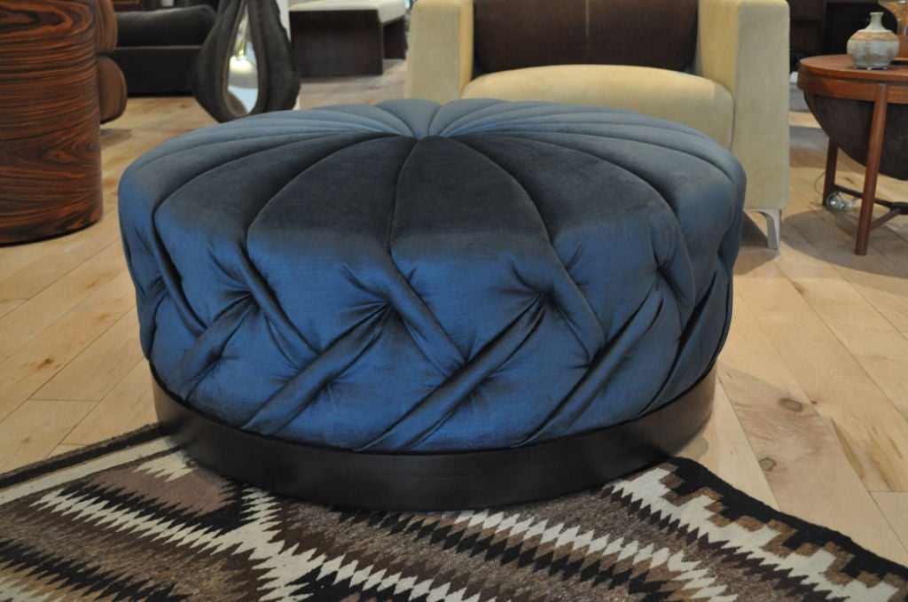 Elke ottoman from the in house Siglo Moderno furniture collection. This piece was inspired by German born actress Elke Sommer. Available in various vintage velvet colors. Custom sizes and options also available. Base available is metal, wood, and