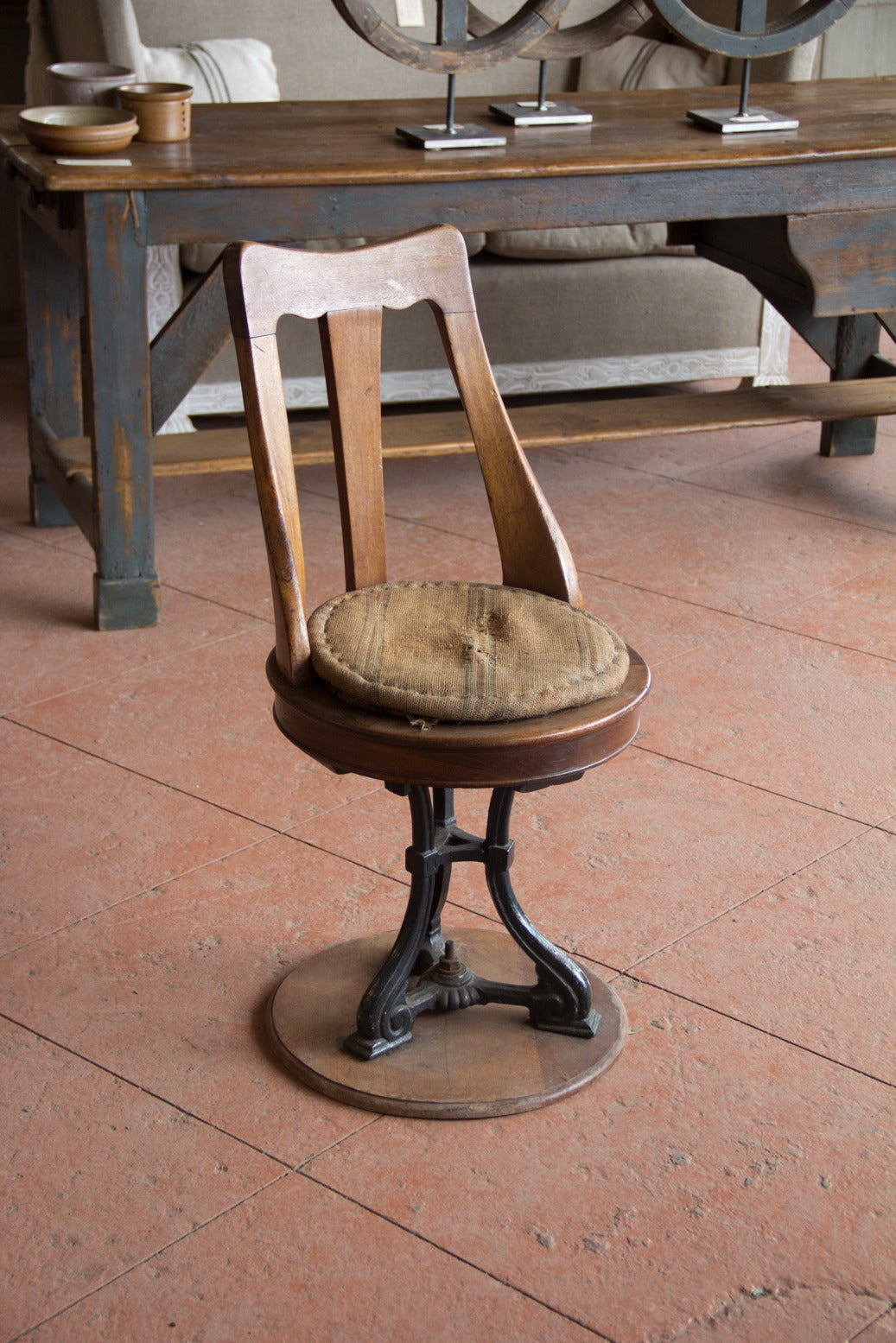 Antique London Quot Fleet Street Quot Chair For Sale At 1stdibs