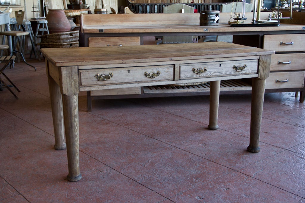 Victorian Country Pine Scrub Top Table image 2
