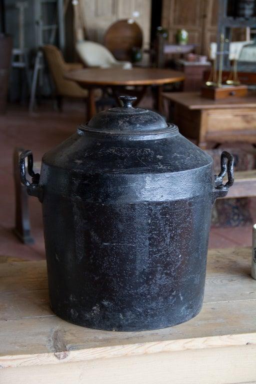 Antique 10 Gallon Clark Pot At 1stdibs
