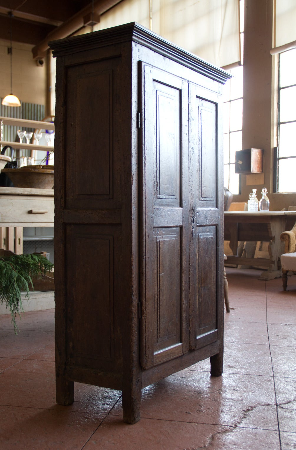 antique petite french oak armoire at 1stdibs. Black Bedroom Furniture Sets. Home Design Ideas