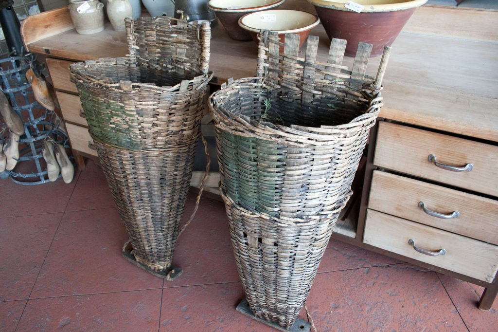 Pair of  Wicker & Cleft Oak Grape Harvest Hottes image 3