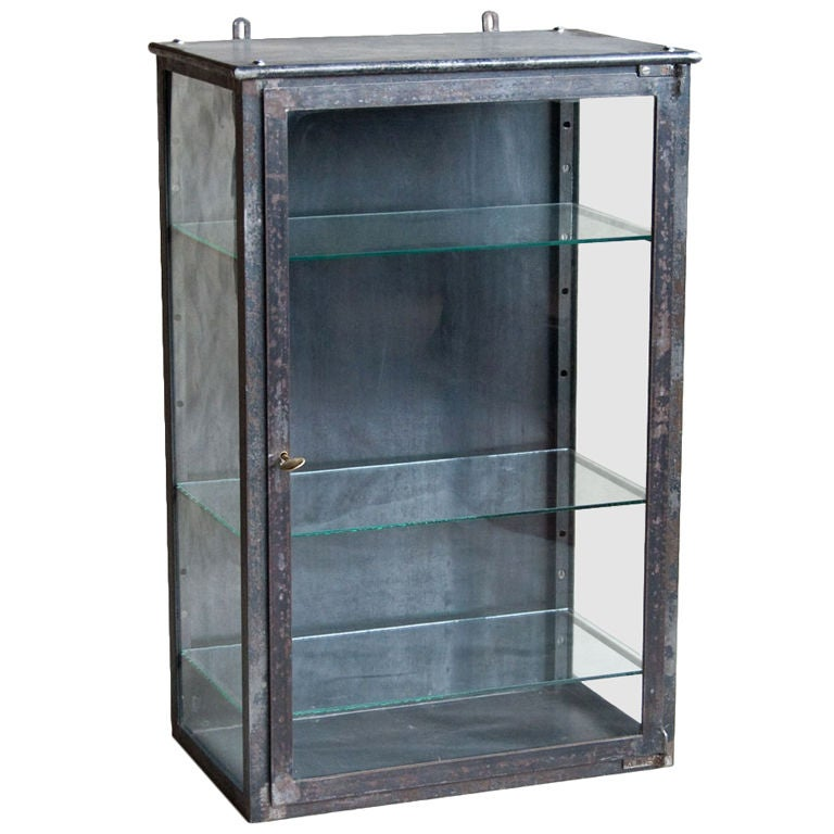 vintage metal vitrine at 1stdibs. Black Bedroom Furniture Sets. Home Design Ideas