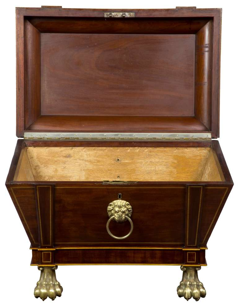 19th Century Magnificent Regency Mahogany Cellaret For Sale
