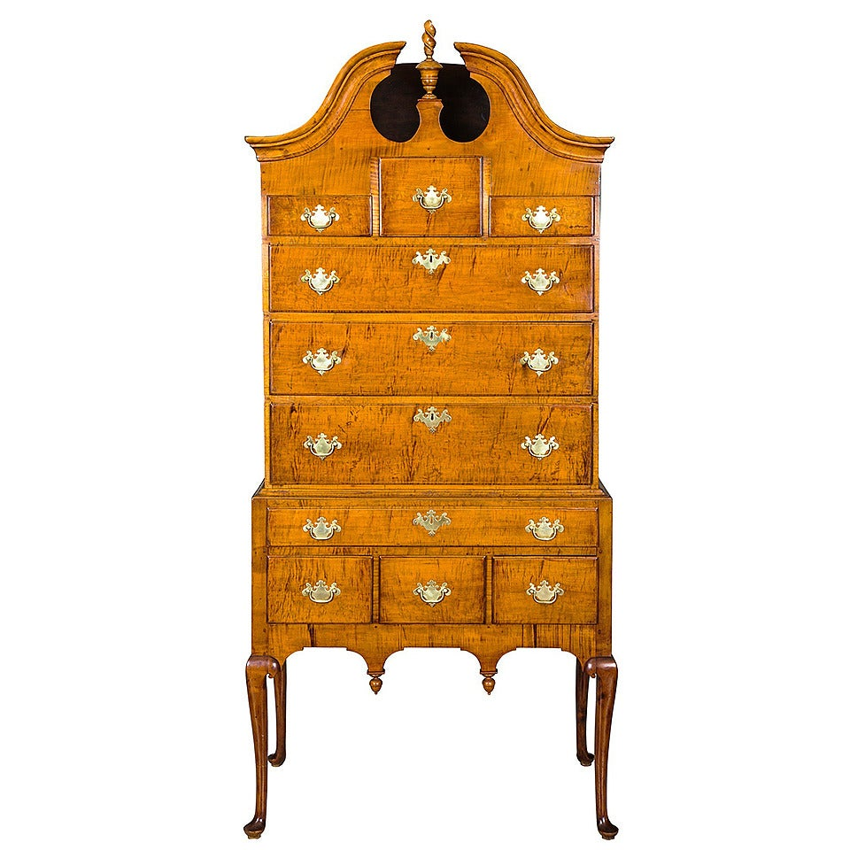 Tiger Maple Queen Anne High Chest with Bonnet Top, Massachusetts For Sale