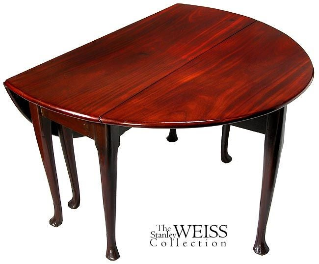 British Small Mahogany Queen Anne Oval, Drop-Leaf Table with Six Legs For Sale