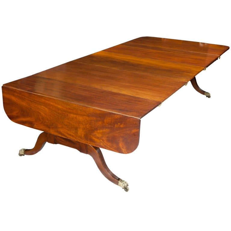 Rare Large Pedestal Mahogany Classical Harvest Table, Boston, circa 1820