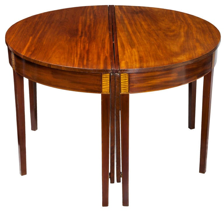 Federal Mahogany Hepplewhite Three Part Banquet Dining  : piece6fullroundtablel from 1stdibs.com size 768 x 721 jpeg 46kB