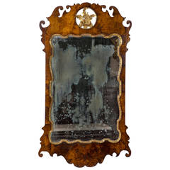 Fine Queen Anne Walnut Parcel-Gilt Mirror, Philadelphia, circa 1760