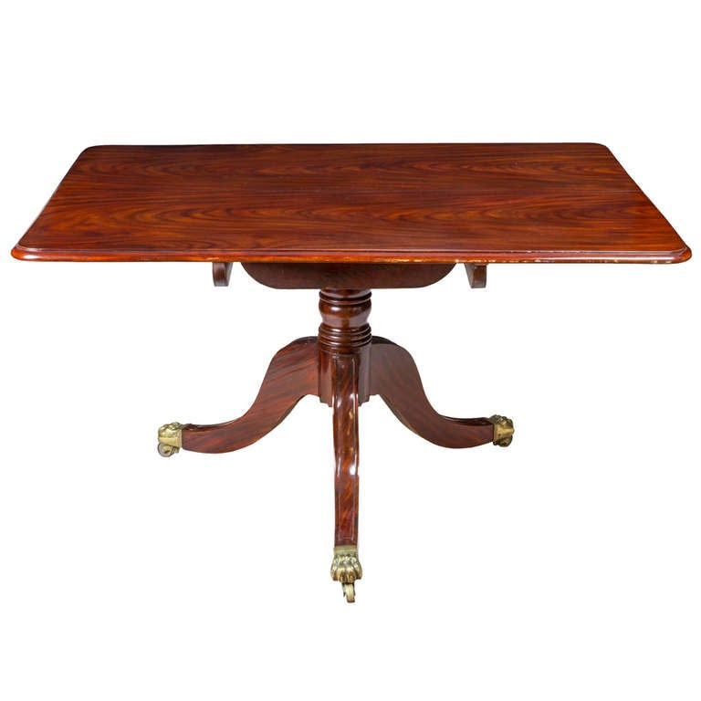 Striped Ribbon Mahogany Regency Pedestal Breakfast Table, England, circa 1820
