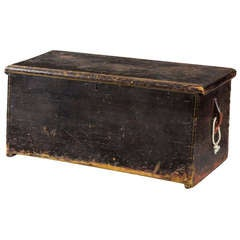 Eagle Stencilled Sea Chest, circa 1800