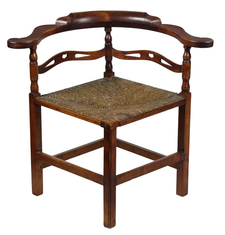 Cherry Corner Chair, Probably New Hampshire, Late 18th Century For Sale