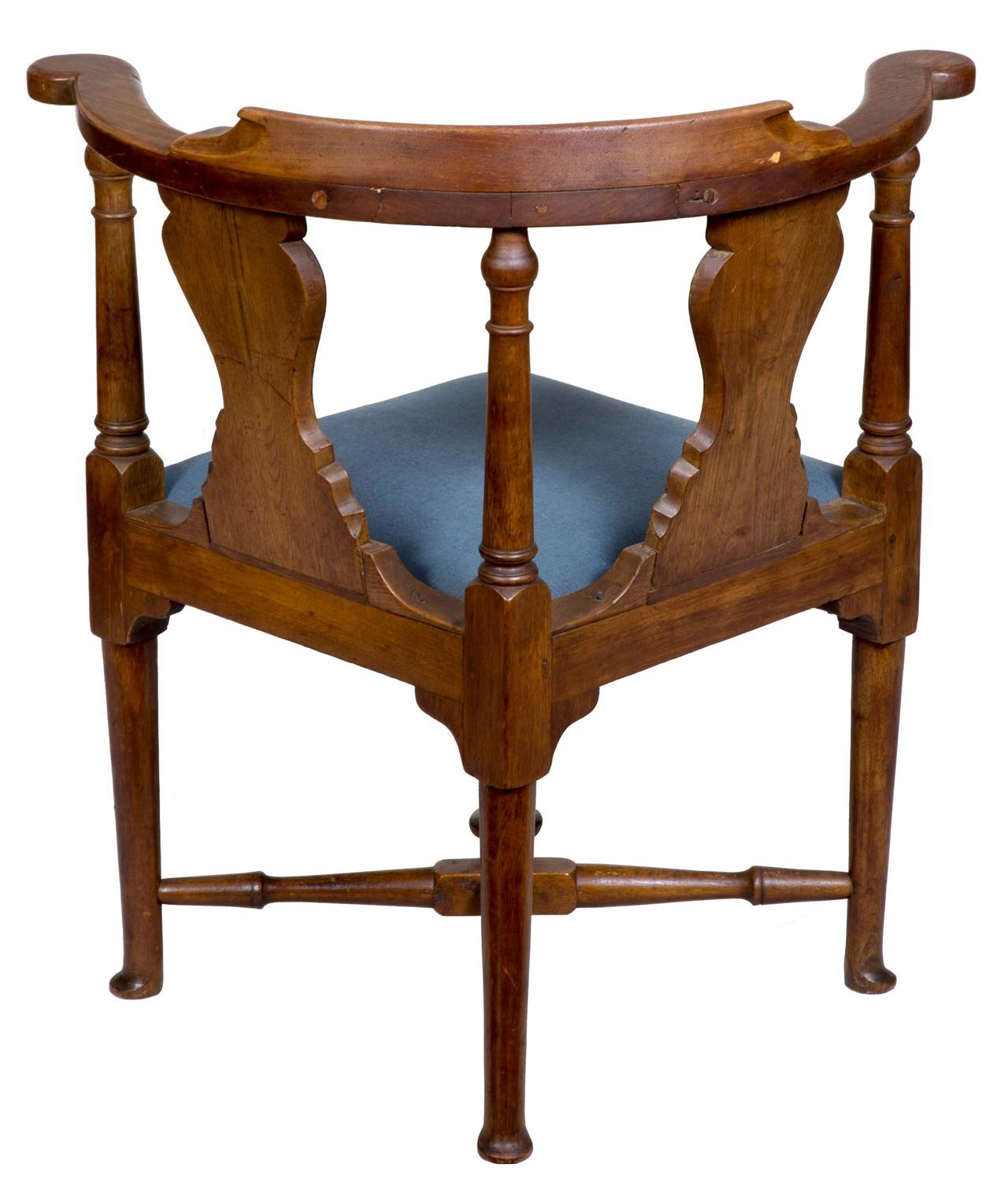 Early Queen Anne Walnut Corner Chair Massachusetts circa 1750