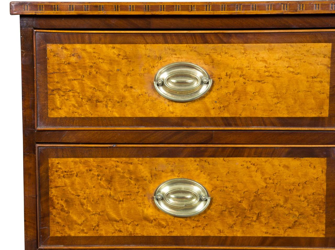 Hepplewhite Mahogany, Birch Inlaid Chest of Drawers, New Hampshire, circa 1815 In Excellent Condition For Sale In Providence, RI