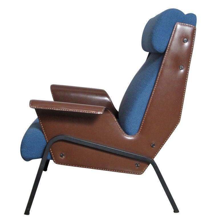 Gustavo Pulitzer Alba Lounge Chair At 1stdibs