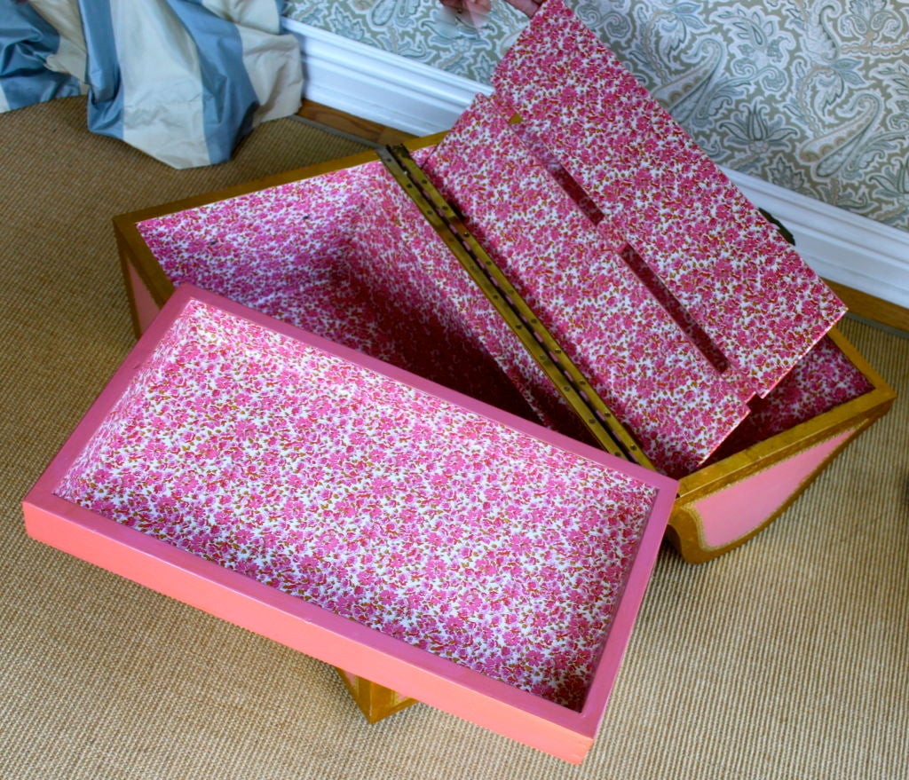 Pink Italian style child's storage trunk / chest image 3