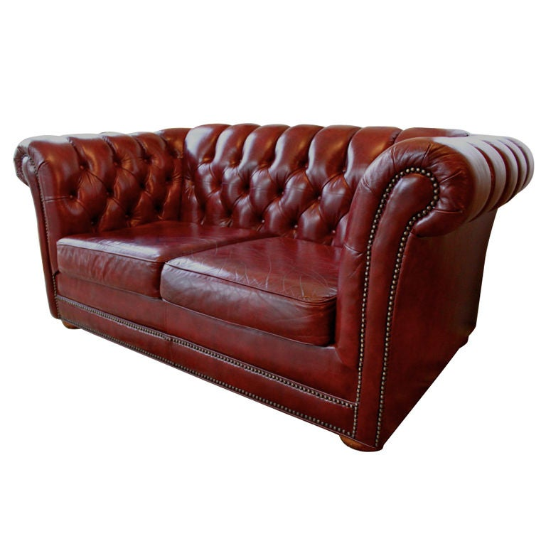 Burgundy leather chesterfield sofa at 1stdibs Burgundy leather loveseat