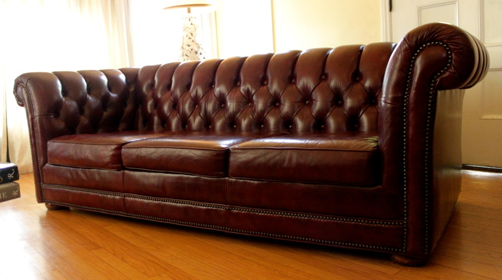 Red Leather 7 39 Chesterfield Sofa At 1stdibs