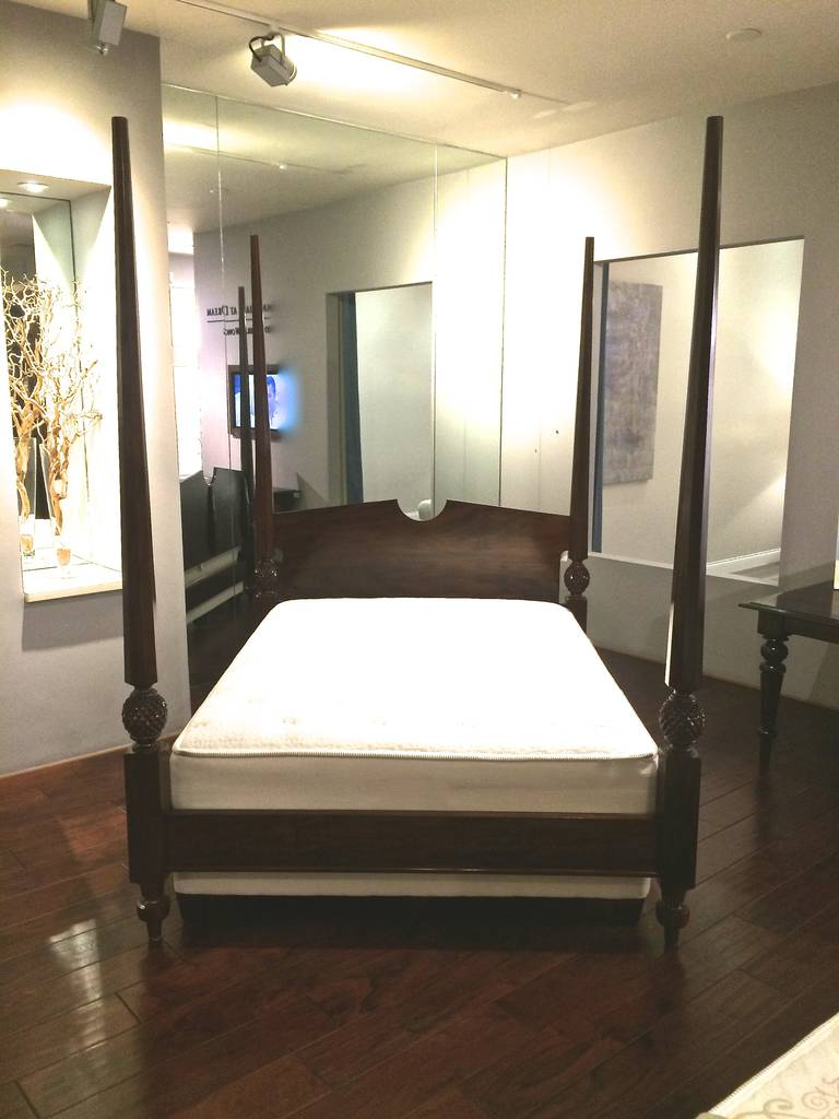 Four poster queen wooden bed for sale at 1stdibs - Four poster bedroom sets for sale ...