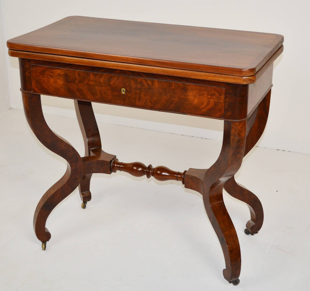 Fine louis philippe card table for sale at 1stdibs for Table louis philippe
