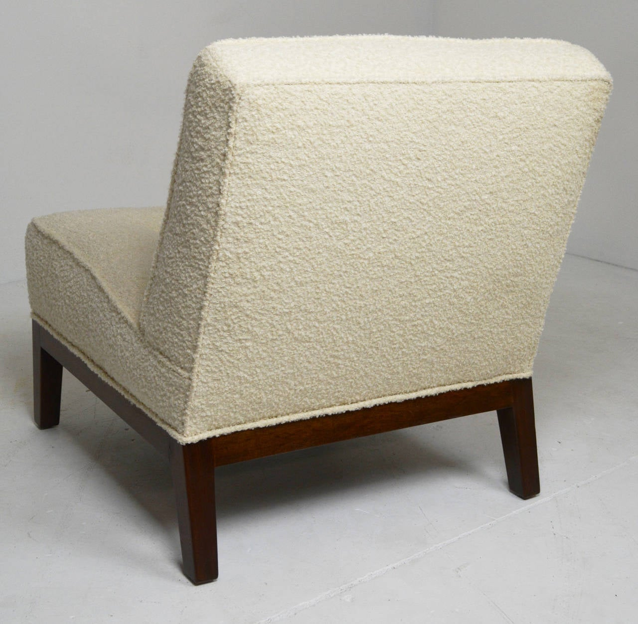 Dunbar Slipper Chair In Good Condition For Sale In Palm Springs, CA