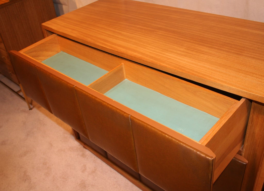 Pair of Chest of Drawers by Gilbert Rohde for Herman Miller For Sale 1