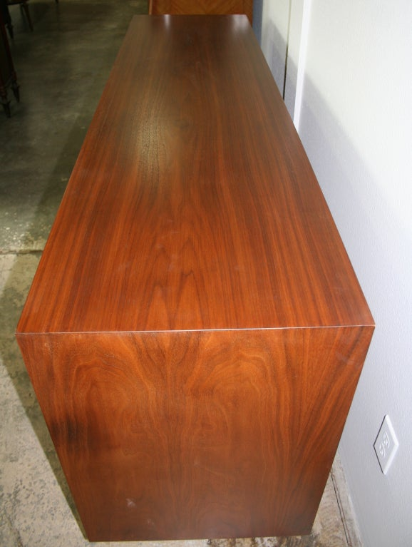 Mid-Century Modern Twelve Drawer Dresser In Good Condition For Sale In Palm Springs, CA