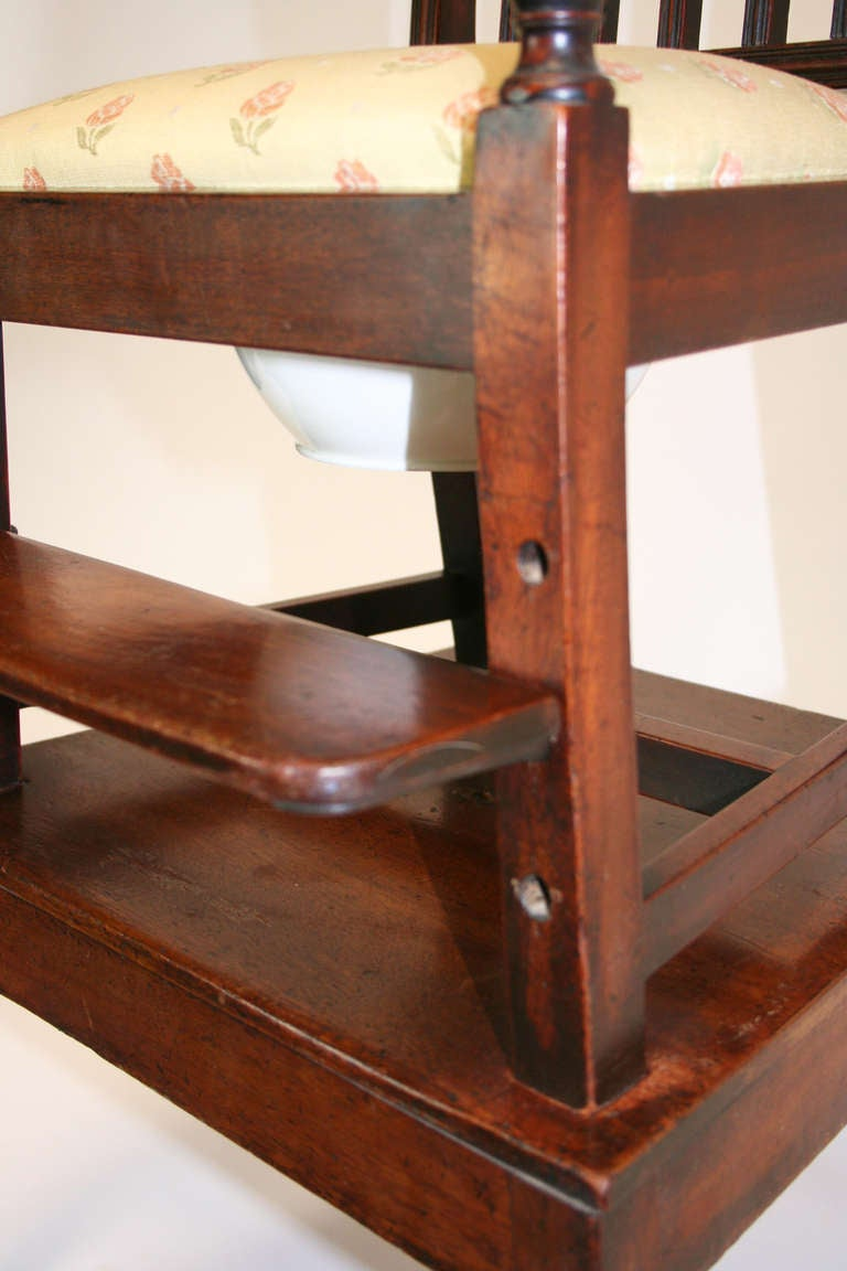 18th Century Mahogany Convertible Child's High Chair For Sale 1