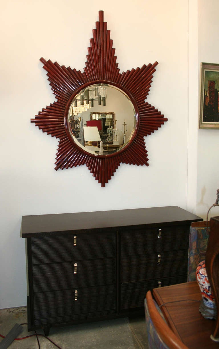 1980's Starburst Mirror In Good Condition For Sale In Palm Springs, CA