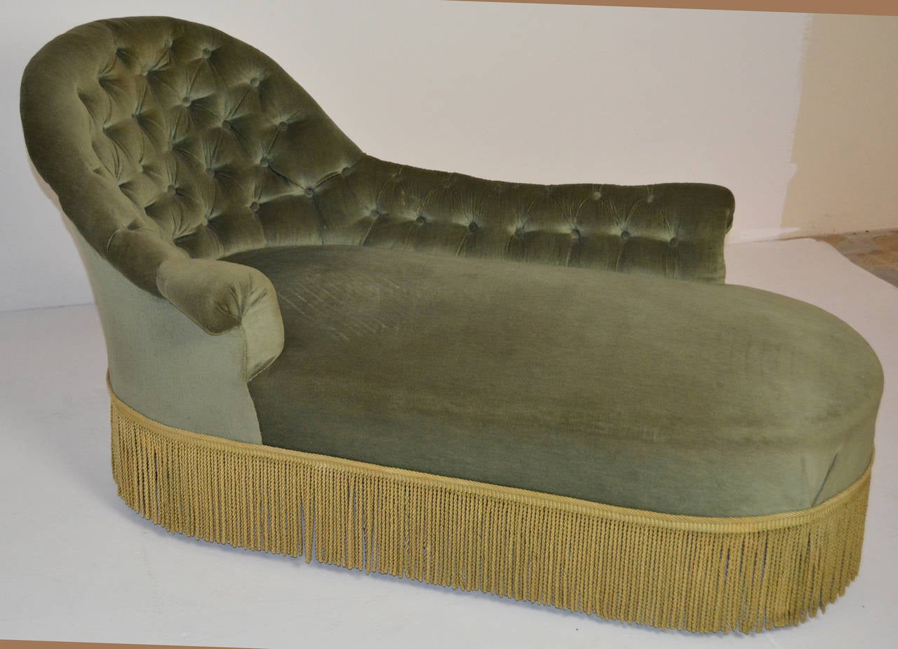 19th century tufted chaise for sale at 1stdibs for Button tufted velvet chaise settee green