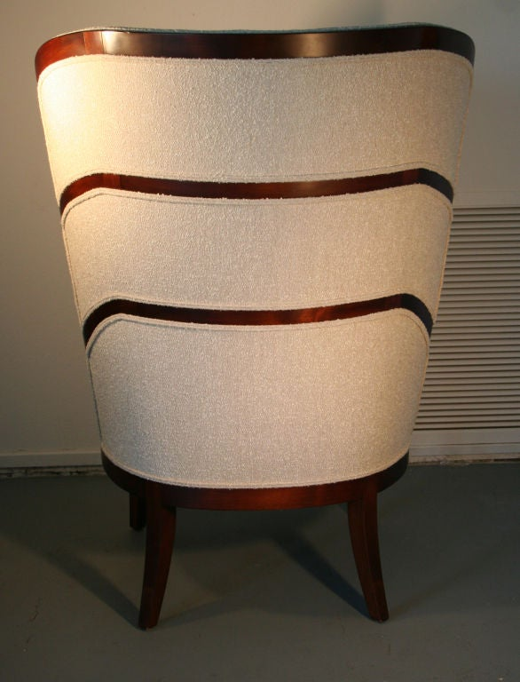 Uno Ahrens Style Wing Chair In Good Condition For Sale In Palm Springs, CA