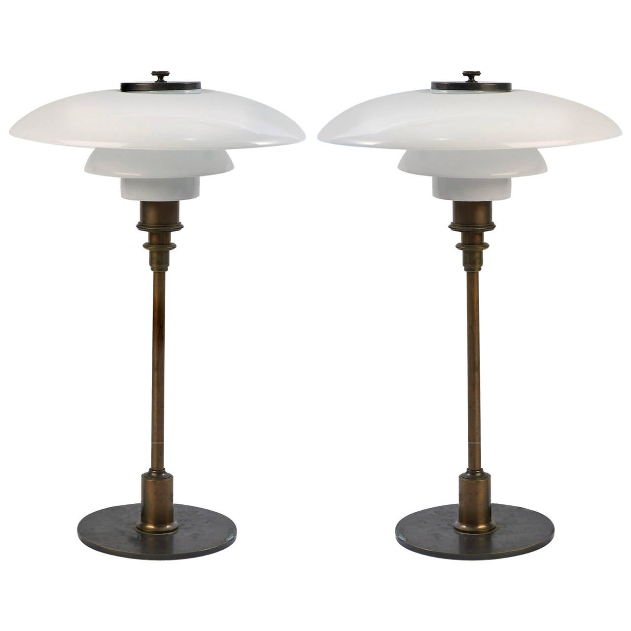 poul henningsen treph table lamp. Black Bedroom Furniture Sets. Home Design Ideas