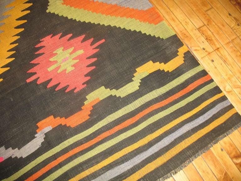 20th Century Vintage Turkish Kilim Flat-Weave Room Size Rug For Sale