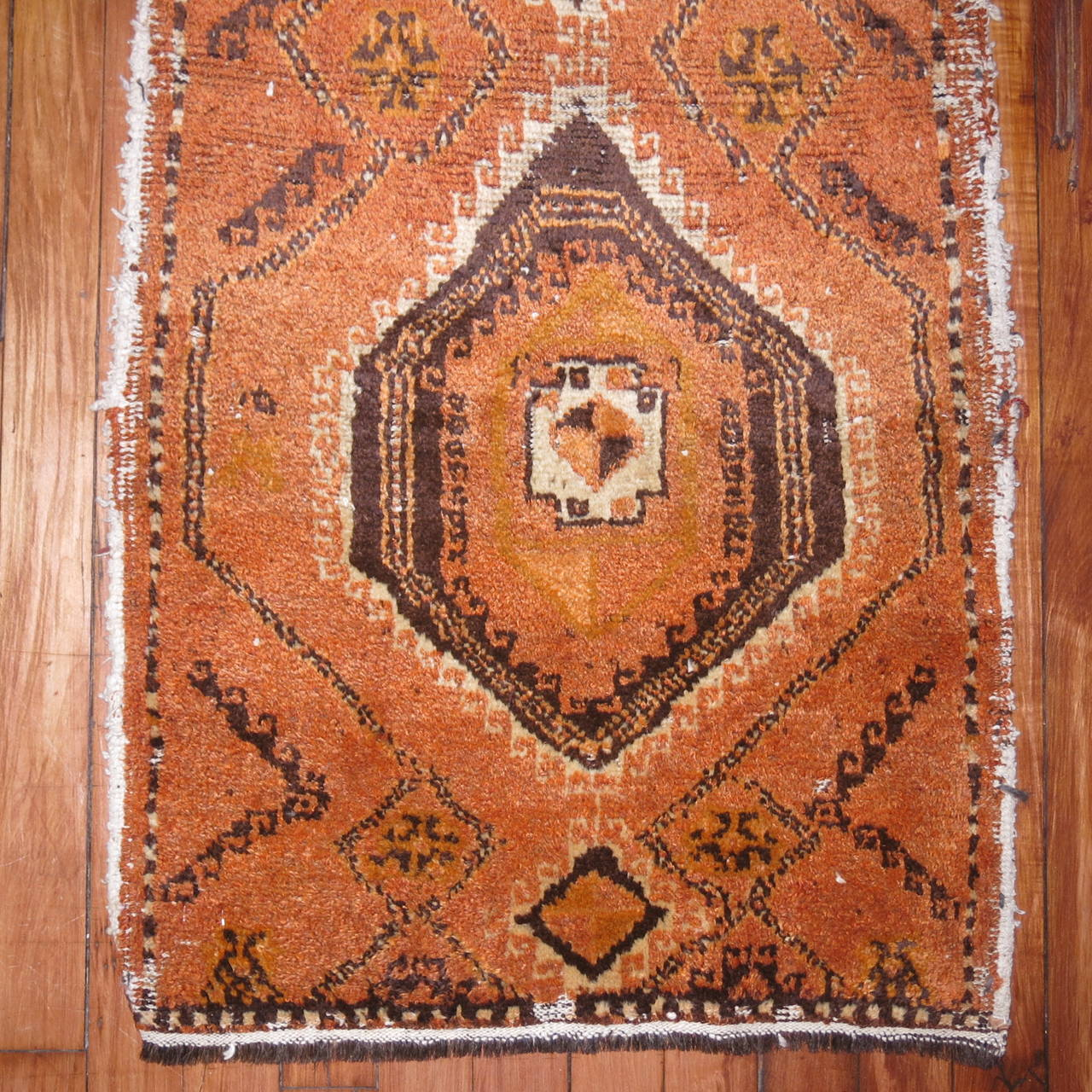 Vintage Throw Rugs: Vintage Moroccan Throw Rug At 1stdibs