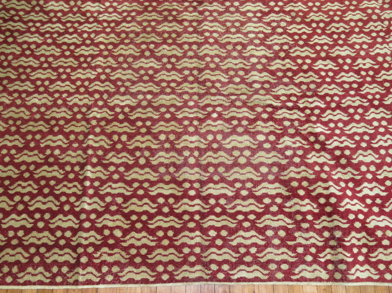 Crimson Vintage Turkish Rug In Good Condition For Sale In New York, NY