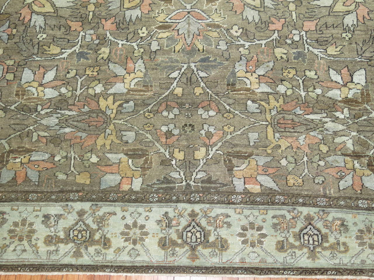 All-Over Antique Persian Heriz Carpet, circa 1920 In Good Condition For Sale In New York, NY