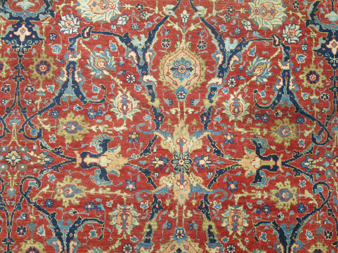 19th Century Antique Persian Tabriz In Excellent Condition For Sale In New York, NY
