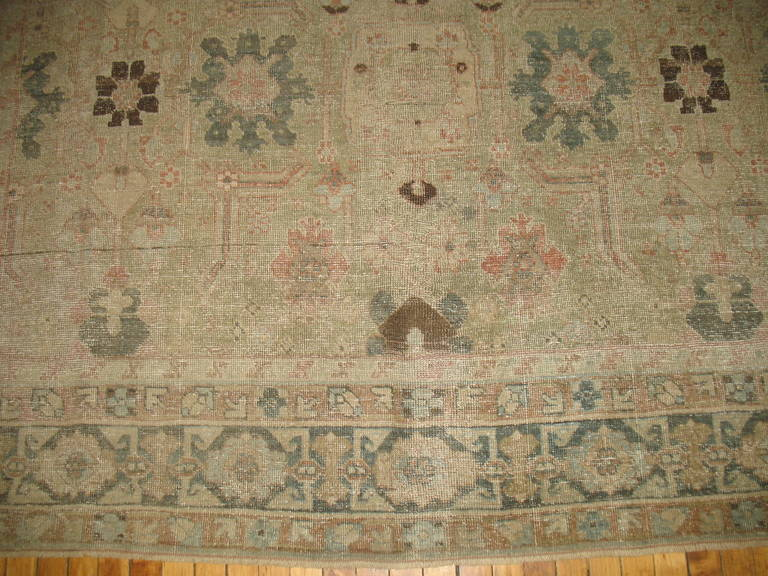 Persian Tabriz Rug In Good Condition For Sale In New York, NY