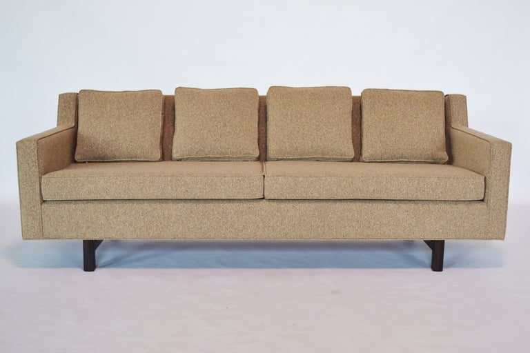 Wormley S Sofa Designs For Dunbar Are Unparalleled In Their Elegant Lines Timeless And