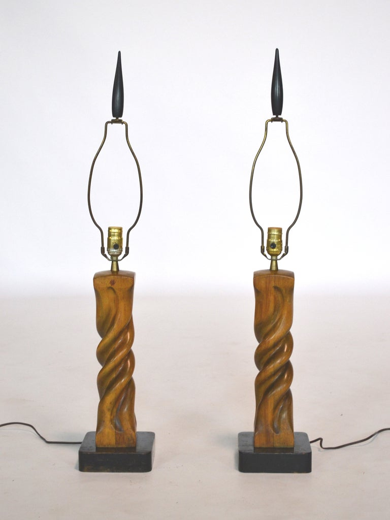 Mid-Century Modern Pair of Heifetz Sculptural Table Lamps For Sale