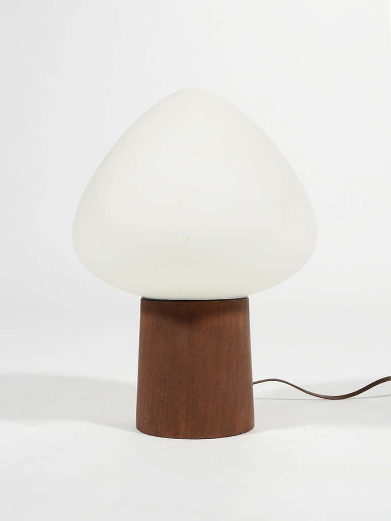 Laurel Mushroom Table Lamp with Walnut Base 3
