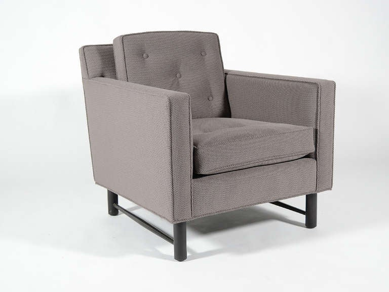 Mid-Century Modern Pair of Edward Wormley Lounge Chairs by Dunbar For Sale