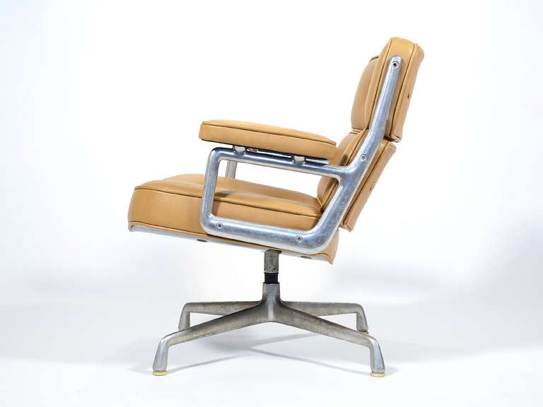charles and ray eames time life lobby chair by herman miller at 1stdibs. Black Bedroom Furniture Sets. Home Design Ideas